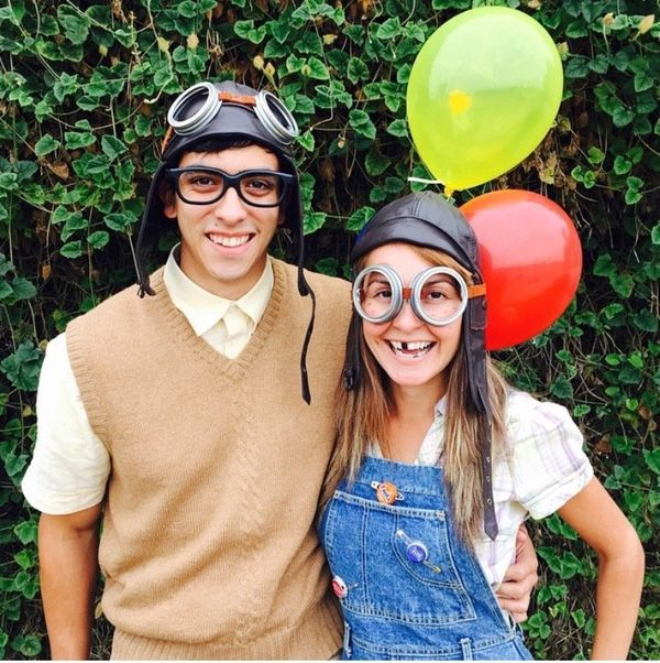 20 Halloween Costumes For Couples That Wont Make You Roll