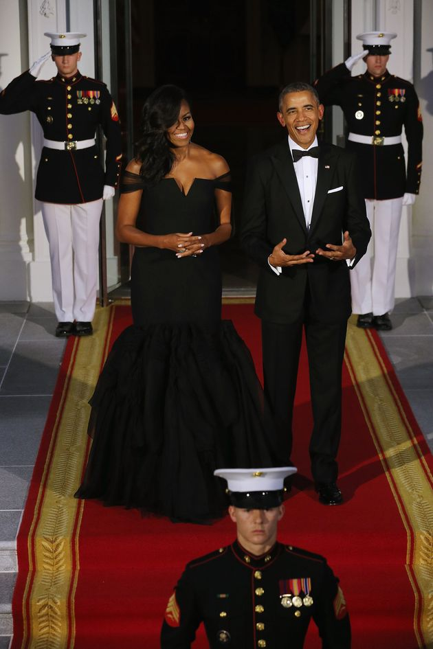 Obamas welcome chinese president and his wife at state dinner
