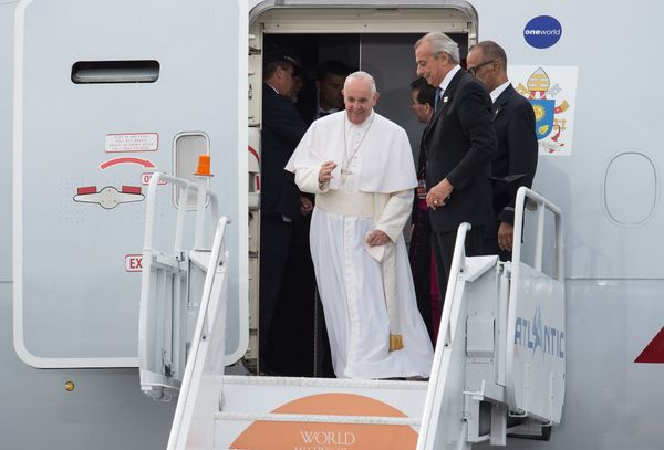 Pope Francis arrives in Philadelphia on September 26, 2015 on the final leg of his six-day visit to the US.
