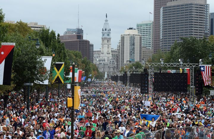Faithful gather for an open-air Mass lead by Pope Francis at the Benjamin Franklin Parkway in Philadelphia on Sept. 27, 2015.