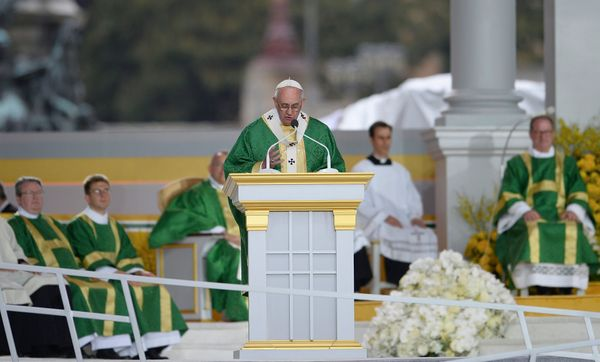 PHILADELPHIA, PA - SEPTEMBER 27: Pope Francis delivers the homily as he celebrates mass at the World Meeting of Families at B