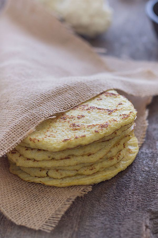 "<strong>Get the <a href=""http://slimpalate.com/cauliflower-tortillas-paleo-grain-free-gluten-free/"" target=""_blank"">Cauliflow"