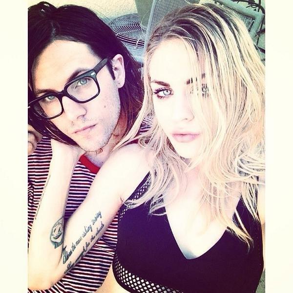Selfie Frances Bean Cobain nude photos 2019