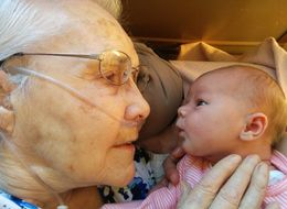 Photo Of 92-Year-Old Meeting New Great-Granddaughter Goes Viral