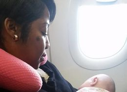 New Mom Touched By Stranger's Act Of Kindness On Flight