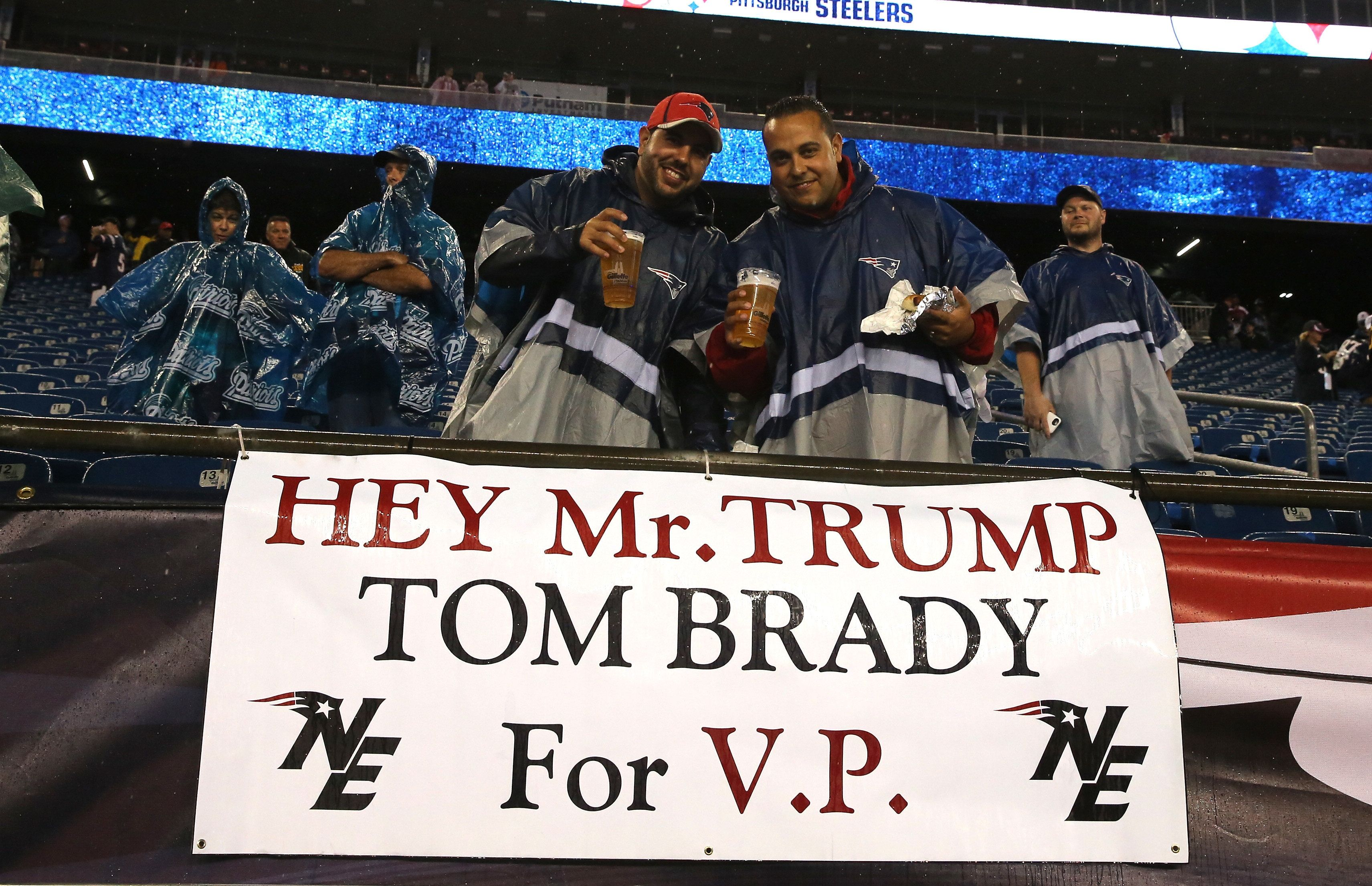 Fans referenced the apparent allegiancebetween Donald Trump and Tom Bradyat the Patriots-Steelers gameearli