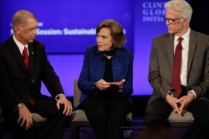(L-R) James Michel, President, The Republic of Seychelles, Sylvia Earle, Founder and Chairman, The Sylvia Earle Alliance and