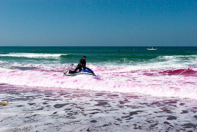 In 2009, researchers released pink dye at Imperial Beach, California, (shown above) for a similar project called th