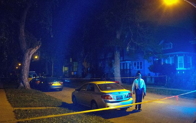 """<span class='image-component__caption' itemprop=""""caption"""">Two women, two men and a child came under gunfire onSept. 28, 2015, in Chicago's Back of the Yards neighborhood.</span>"""