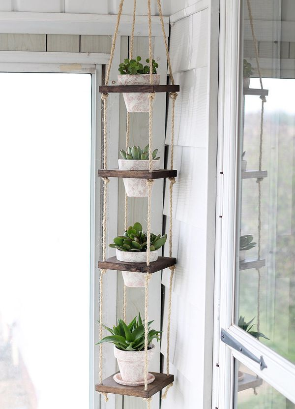 "This <a href=""http://www.iheartnaptime.net/diy-vertical-plant-hanger/"">plant hanger project by I Heart Naptime</a> is an"