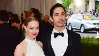 NEW YORK, NY - MAY 04:  Amanda Seyfried and Justin Long attend the 'China: Through The Looking Glass' Costume Institute Benefit Gala at Metropolitan Museum of Art on May 4, 2015 in New York City.  (Photo by George Pimentel/WireImage)