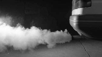 (AUSTRALIA & NEW ZEALAND OUT) Car exhaust pipe pumping out smoke, 17 January 1995. AFR Picture by BELINDA PRATTEN (Photo by Fairfax Media via Getty Images)