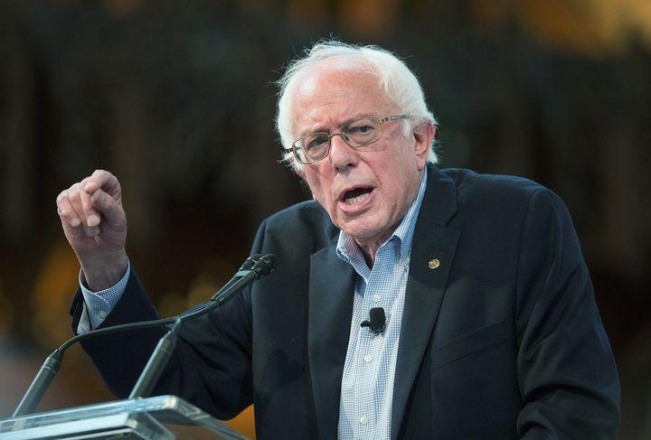 Democratic presidential candidate Sen. Bernie Sanders (I-VT) has tapped Arturo Carmona as his Latino outreach director.