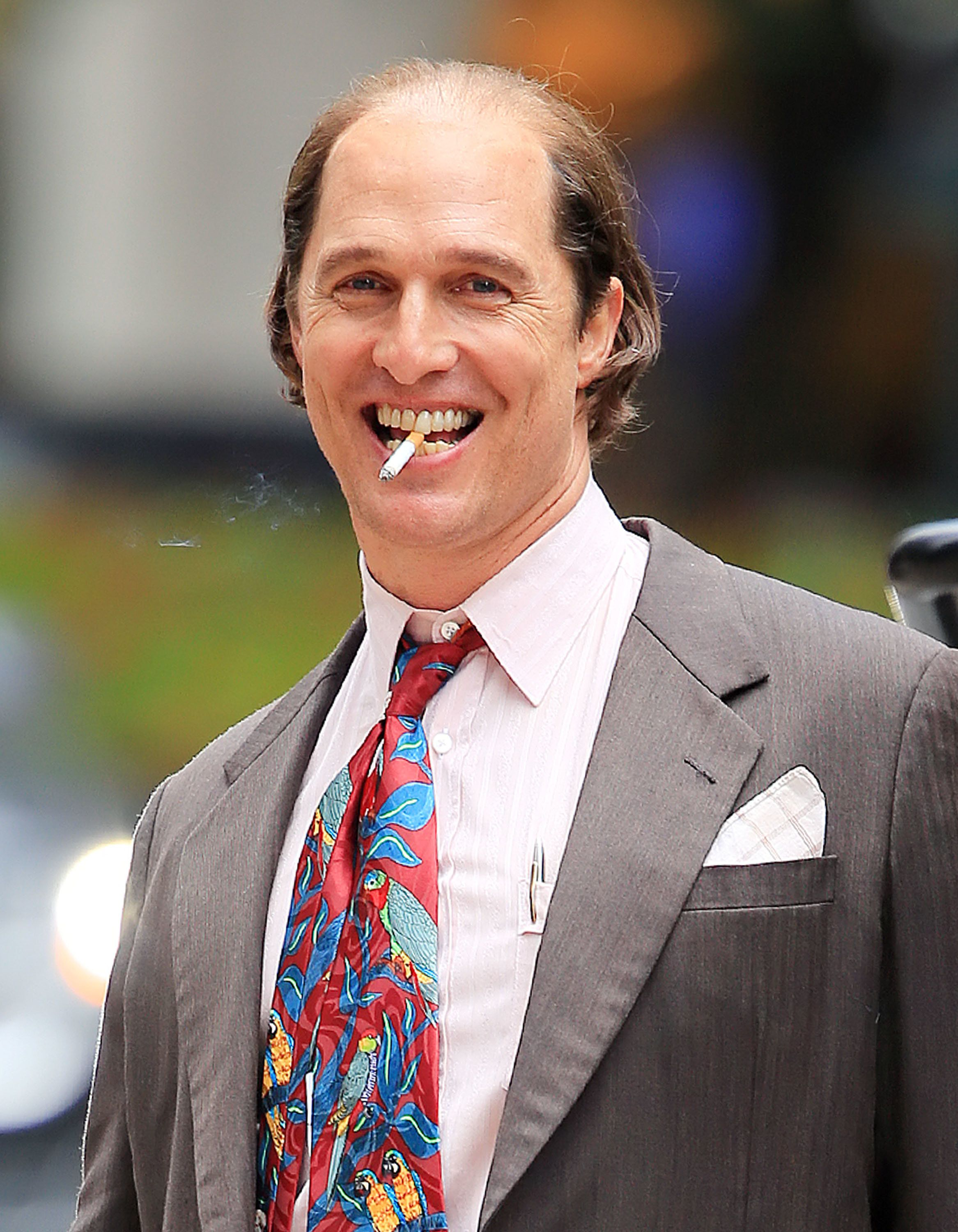Matthew McConaughey has gained a lot of weight and a beer belly in transformation for his role on the NY set of 'Gold'. He is also seen smoking as a part of his new role.