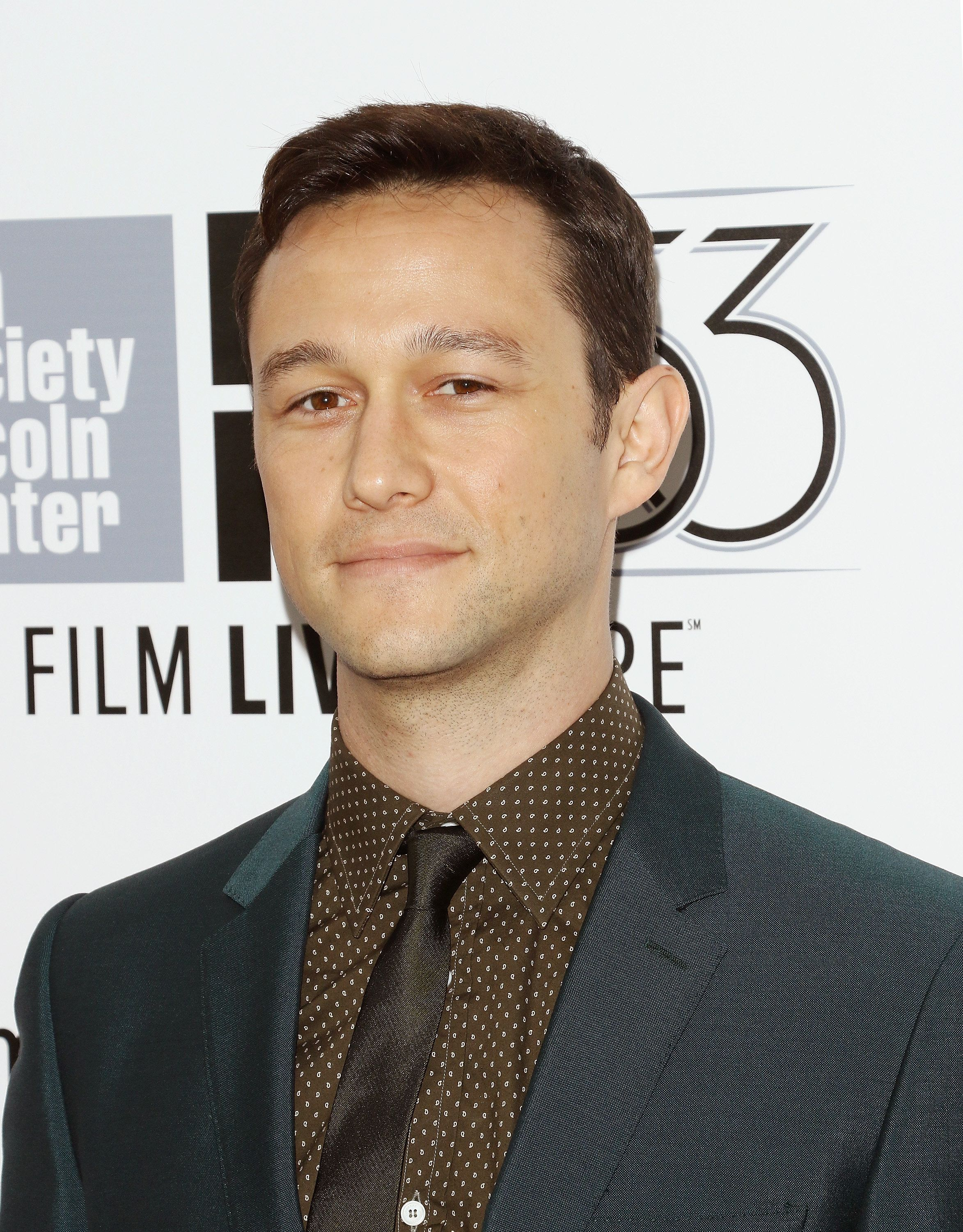 NEW YORK, NY - SEPTEMBER 26:  Actor Joseph Gordon-Levitt attends the 53rd New York Film Festival - opening night gala presentation and 'The Walk' world premiere at Alice Tully Hall at Lincoln Center on September 26, 2015 in New York City.  (Photo by Jim Spellman/WireImage)