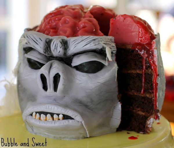 """<strong>Get the <a href=""""http://bubbleandsweet.blogspot.com.au/2012/09/monkey-brain-cake-with-jelly-brain.html"""" target=""""_blan"""