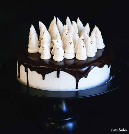 "<strong>Get the <a href=""http://iambaker.net/boo-tiful-halloween-cake/"" target=""_blank"">Boo-tiful Halloween Red Velvet Cake r"