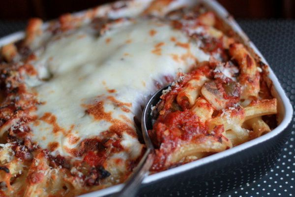 "<strong>Get the <a href=""http://www.kitchentreaty.com/vegetarian-four-cheese-mushroom-baked-ziti/"">Vegetarian Four-Cheese Mus"