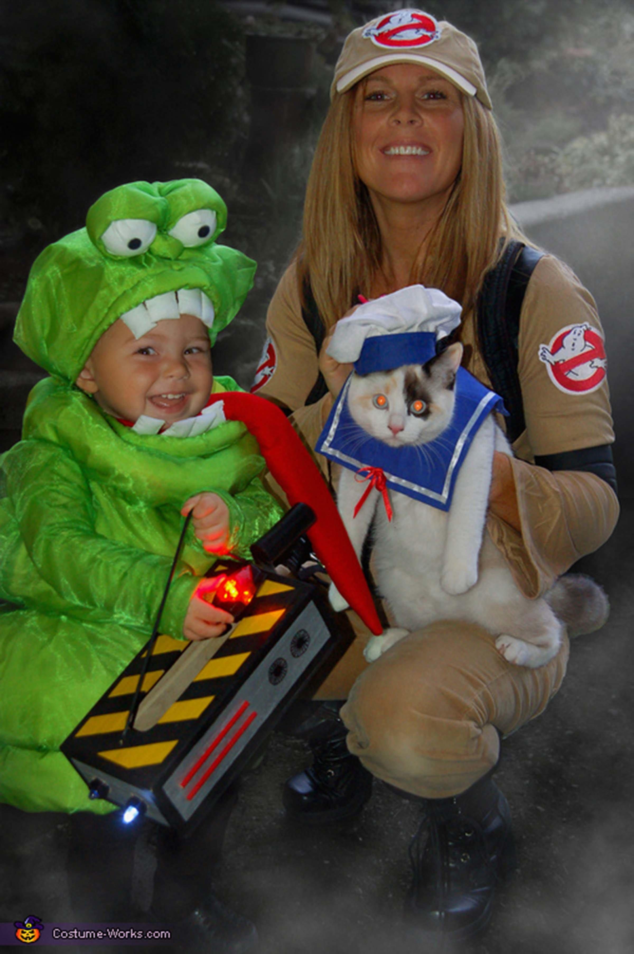 Via u003ca ...  sc 1 st  HuffPost & How To Turn 2015u0027s Biggest Memes Into Halloween Costumes | HuffPost