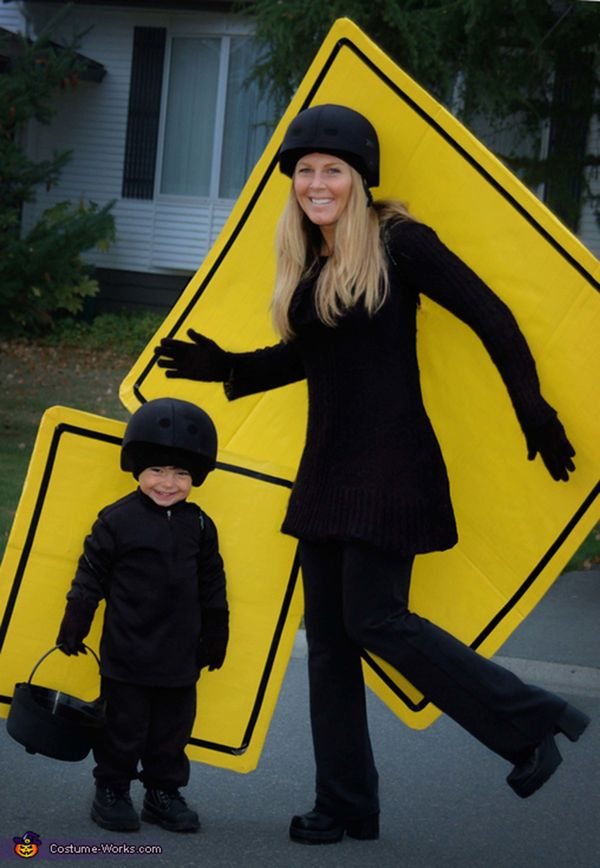 "Via <a href=""http://www.costume-works.com/costumes_for_families/pedestrian-crosswalkers.html"" target=""_blank"">Costume Works</"
