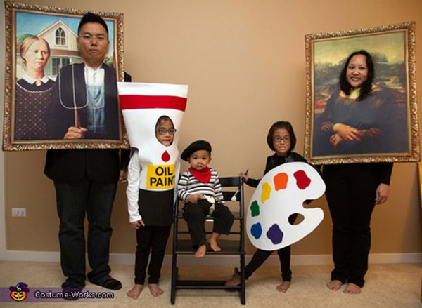 "Via <a href=""http://www.costume-works.com/costumes_for_families/masterpiece.html"" target=""_blank"">Costume Works</a>"