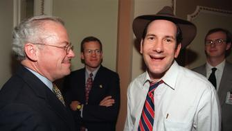 WASHINGTON, UNITED STATES:  Cyber-journaIist Matt Drudge (R) talks to Congressman Bob Barr, R-GA, on Capitol Hill 08 October 1998 after the US House of Representatives voted to proceed with the impeachment of US President Bill Clinton. Drudge was one of the first to publish the rumors that President Clinton was having an extra-marital affair.  AFP PHOTO/Stephen JAFFE (Photo credit should read STEPHEN JAFFE/AFP/Getty Images)