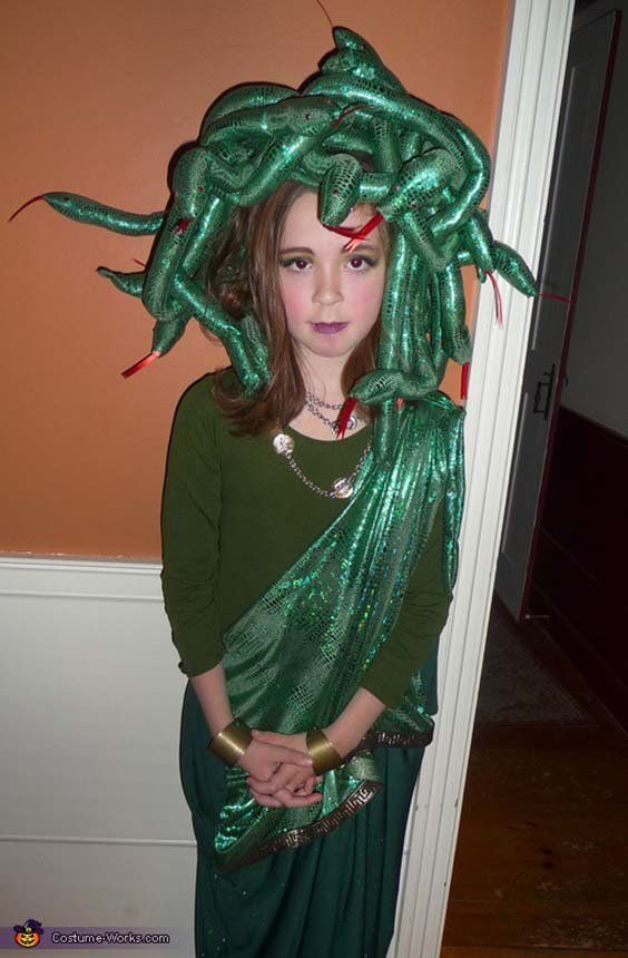 Via u003ca ...  sc 1 st  HuffPost & 57 Fierce Halloween Costumes For Girls Who Rock | HuffPost