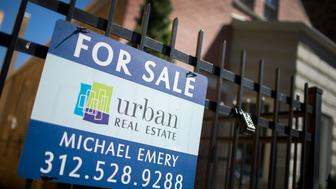 CHICAGO, IL - SEPTEMBER 21:  A home is offered for sale in the Logan Square neighborhood on September 21, 2015 in Chicago, Illinois. Sales of previously owned homes fell more than expected nationwide in August following three months of gains. The slump has been attributed to lack of inventory and rising home prices.  (Photo by Scott Olson/Getty Images)