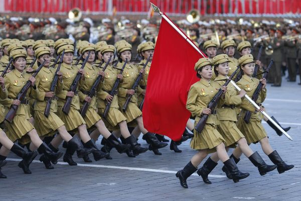 Female soldiers march in Kim Il-Sung Square.