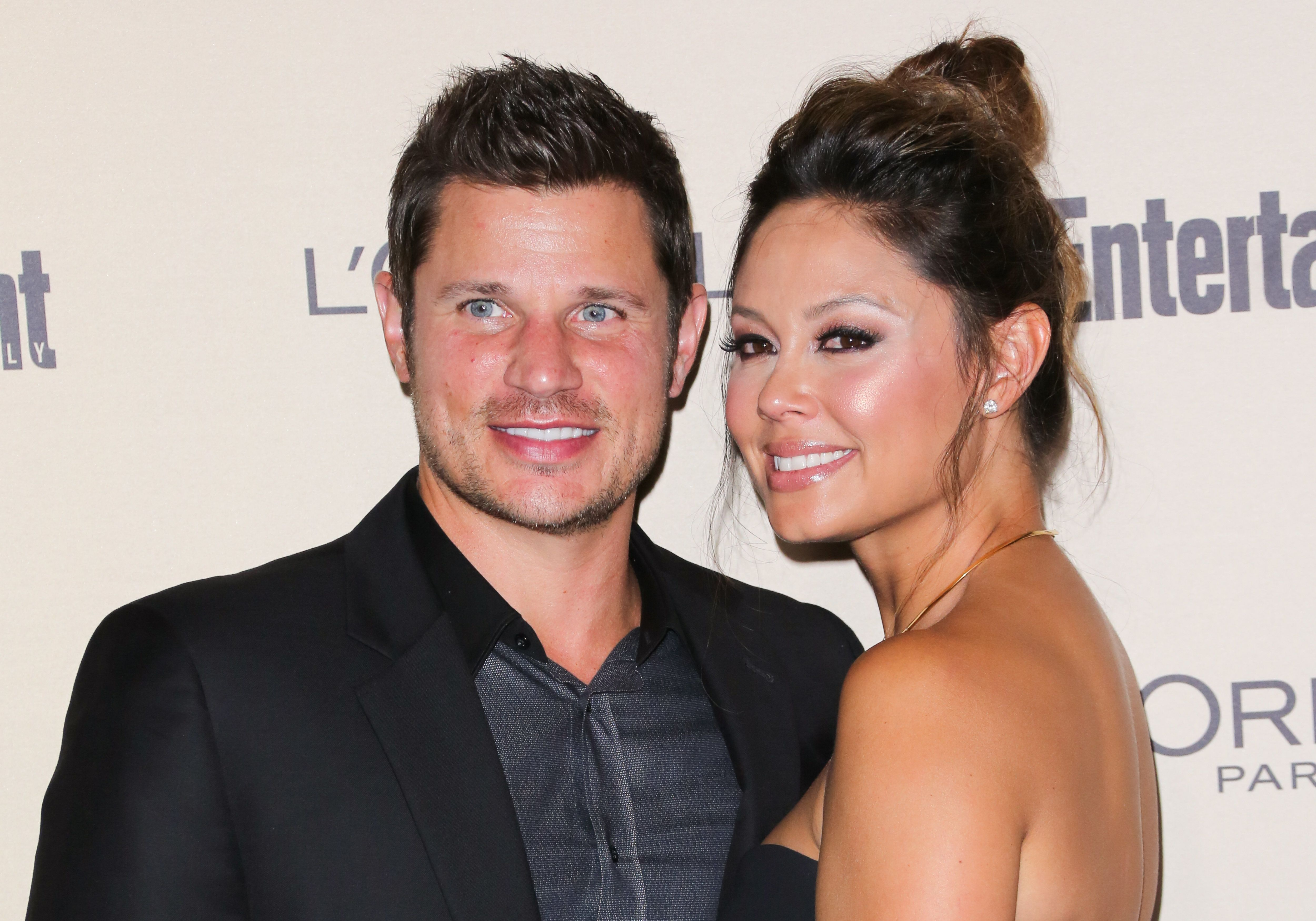 Singer / TV Personality Nick Lachey (L) and TV Personality Vanessa Lachey (R) attend the 2015 Entertainment Weekly Pre-Emmy party at Fig & Olive Melrose Place on September 18, 2015 in West Hollywood, California.