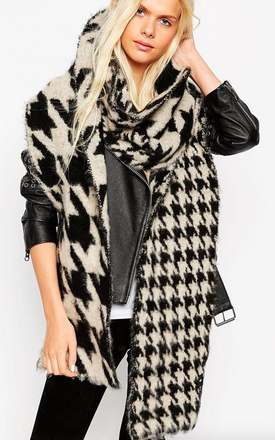 "<a href=""http://us.asos.com/asos/asos-oversized-ultra-fluffy-scarf-in-multi-scale-houndstooth/prod/pgeproduct.aspx?iid=545317"