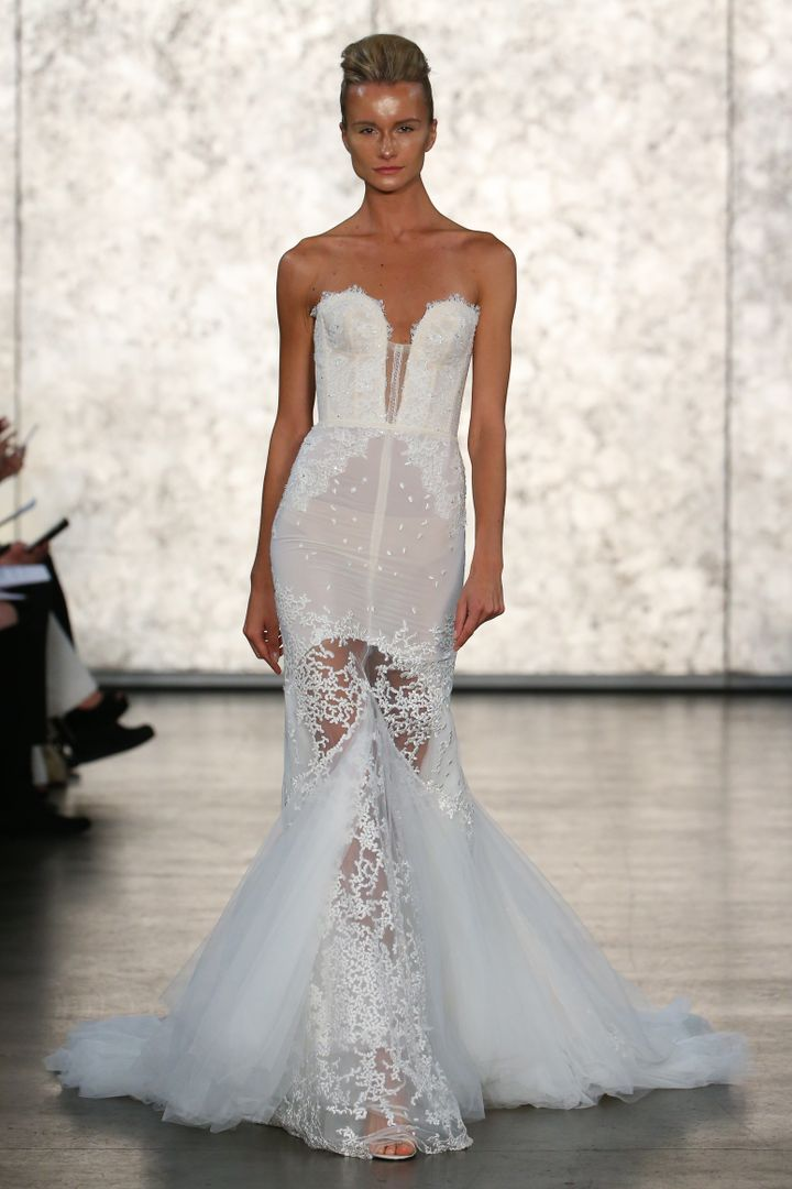 8 Hot Off The Runway Bridal Trends Youll Be Seeing Everywhere