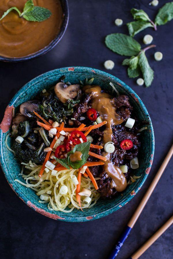"<strong>Get the <a href=""http://www.halfbakedharvest.com/vietnamese-lemongrass-beef-spaghetti-squash-noodle-bowls-peanut-sauc"