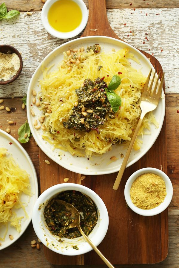 "<strong>Get the <a href=""http://minimalistbaker.com/spaghetti-squash-pasta-with-basil-pesto/"" target=""_blank"">Spaghetti Squas"
