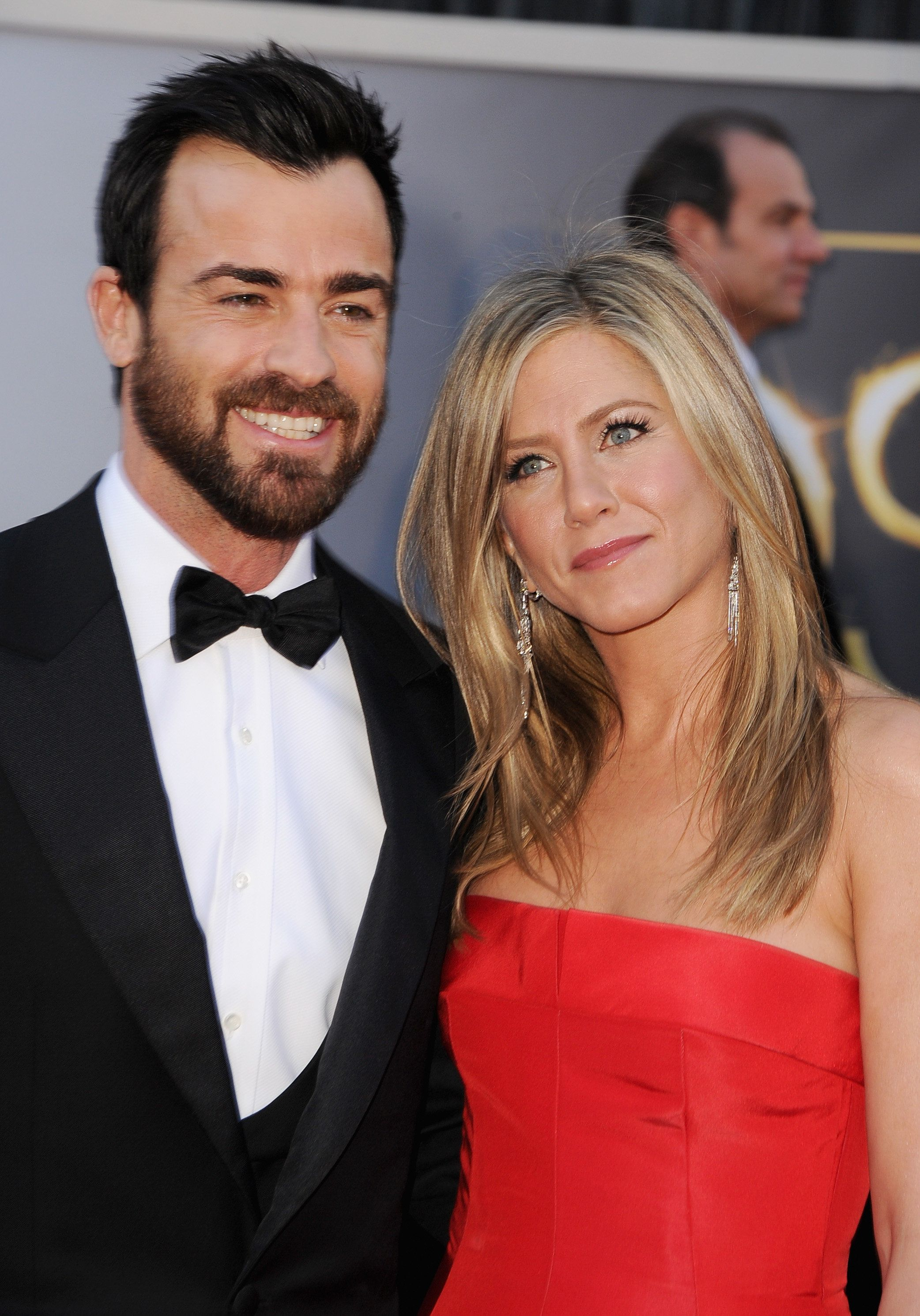 HOLLYWOOD, CA - FEBRUARY 24:  Justin Theroux and Jennifer Anniston arrive at the Oscars at Hollywood & Highland Center on February 24, 2013 in Hollywood, California.  (Photo by Steve Granitz/WireImage)