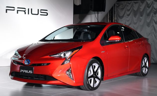 Toyota Plans To Stop Selling Traditional Gasoline Cars By 2050