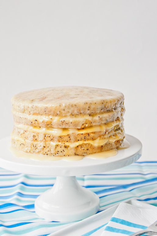 "<strong>Get the <a href=""http://hungryrabbitnyc.com/2011/09/poppyseed-cake-w-passion-fruit-curd/"" target=""_blank"">Poppyseed C"