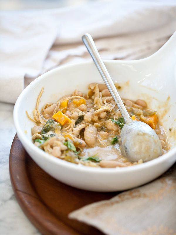 "<strong>Get the <a href=""http://www.foodiecrush.com/2012/11/white-bean-and-pumpkin-pork-chili-recipe/"">White Bean and Pumpkin"
