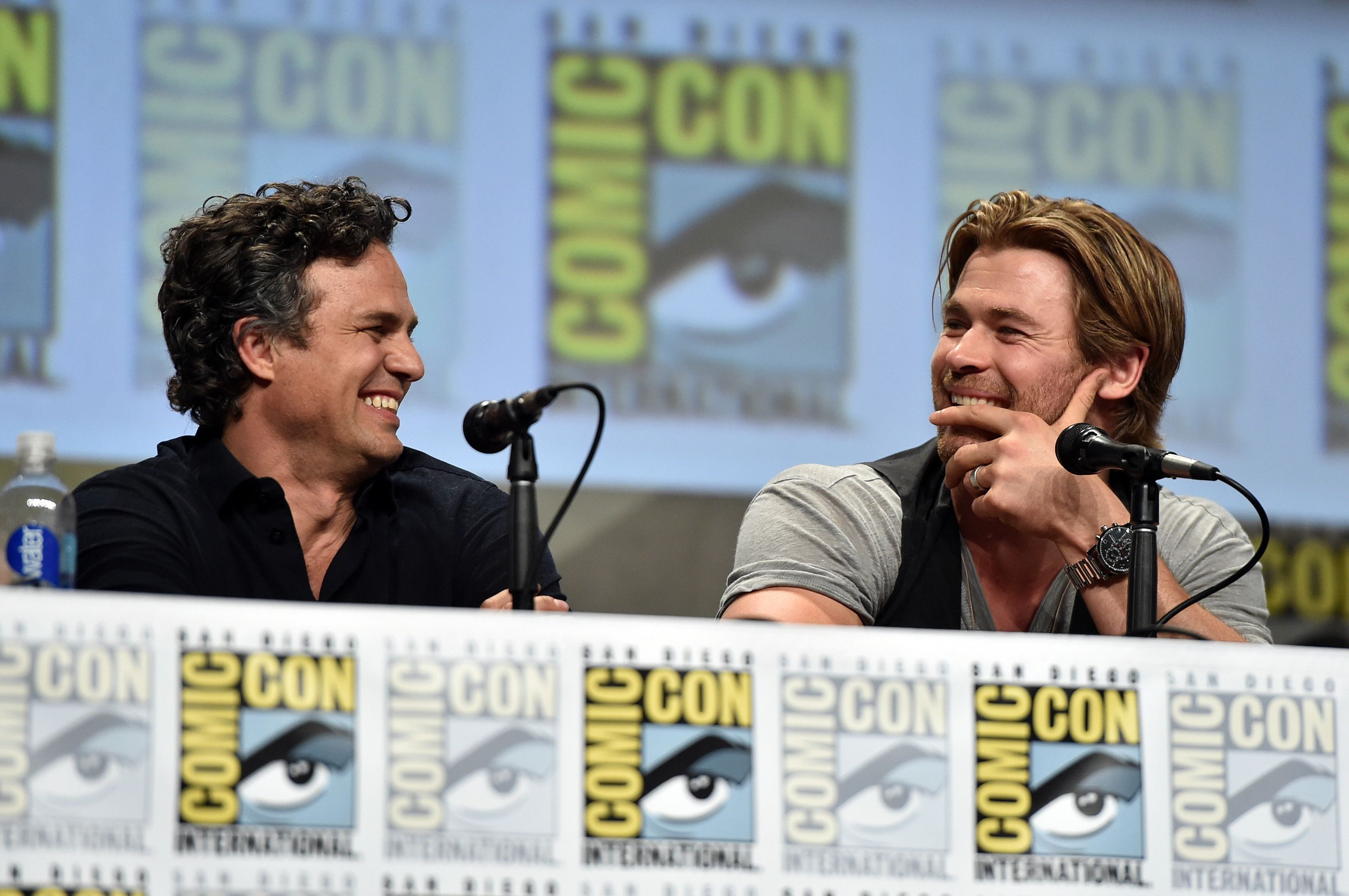SAN DIEGO, CA - JULY 26:  Actors Mark Ruffalo and Chris Hemsworth onstage at Marvel's Hall H Panel for 'Avengers: Age Of Ultron' during Comic-Con International 2014 at San Diego Convention Center at  on July 26, 2014 in San Diego, California.  (Photo by Alberto E. Rodriguez/Getty Images for Disney)