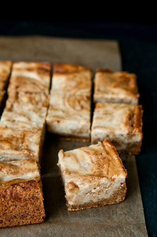 """<strong>Get the <a href=""""http://hungryrabbitnyc.com/2012/11/butterscotch-banana-blondies/"""" target=""""_blank"""">Butterscotch Banan"""