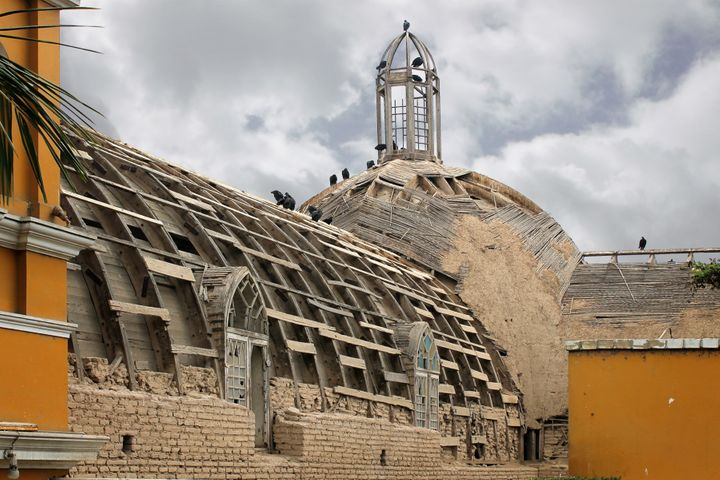 Peru's La Ermita de Barranco church, built in 1901, was closed after an earthquake damaged it.