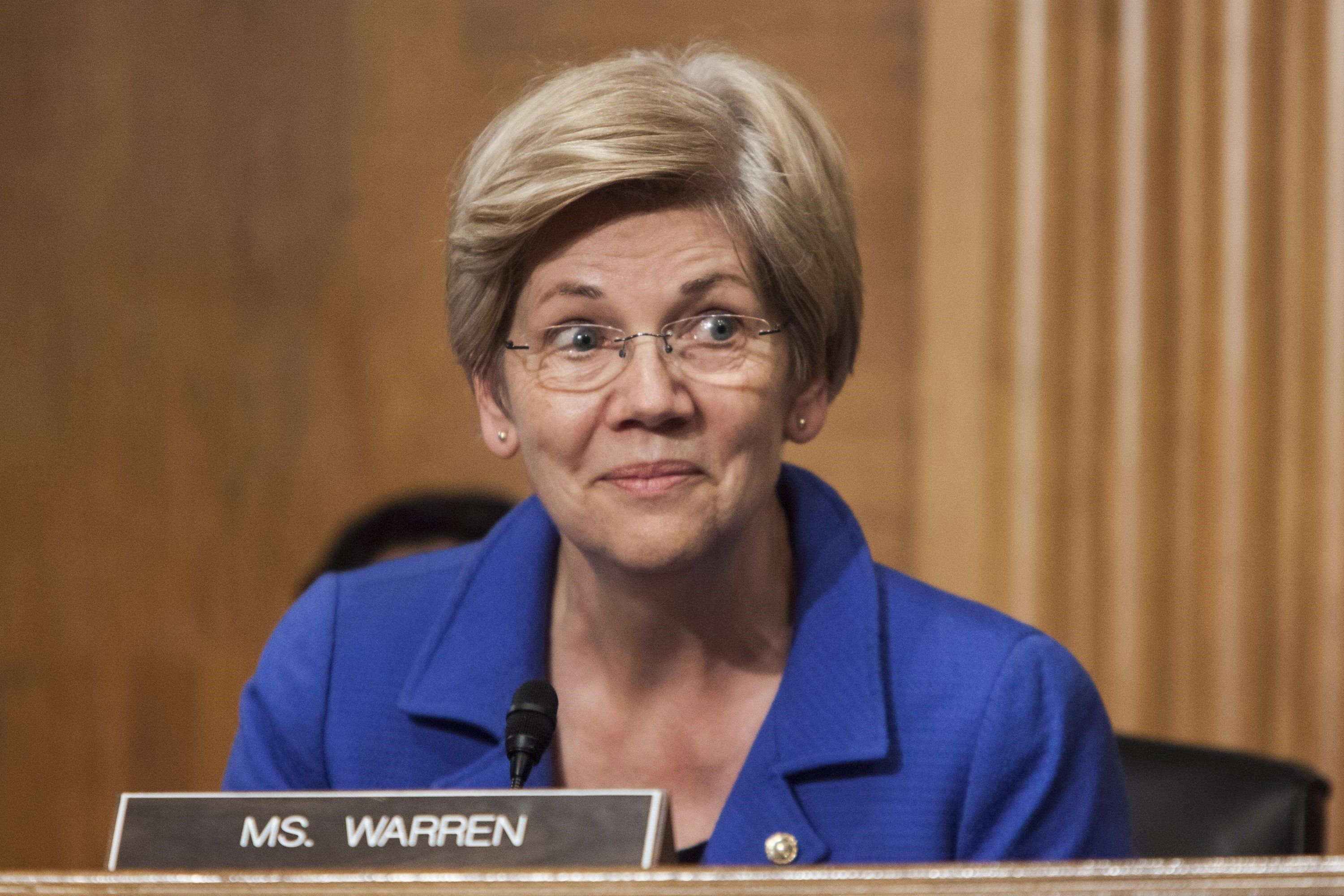 WASHINGTON, USA - JULY 16: Senator Elizabeth Warren asks Janet Yellen questions during a Senate Banking, Housing, and Urban Affairs Committee during a hearing on The Semiannual Monetary Policy Report to the Congress. in Washington, USA on JULY 16, 2015. (Photo by Samuel Corum/Anadolu Agency/Getty Images)
