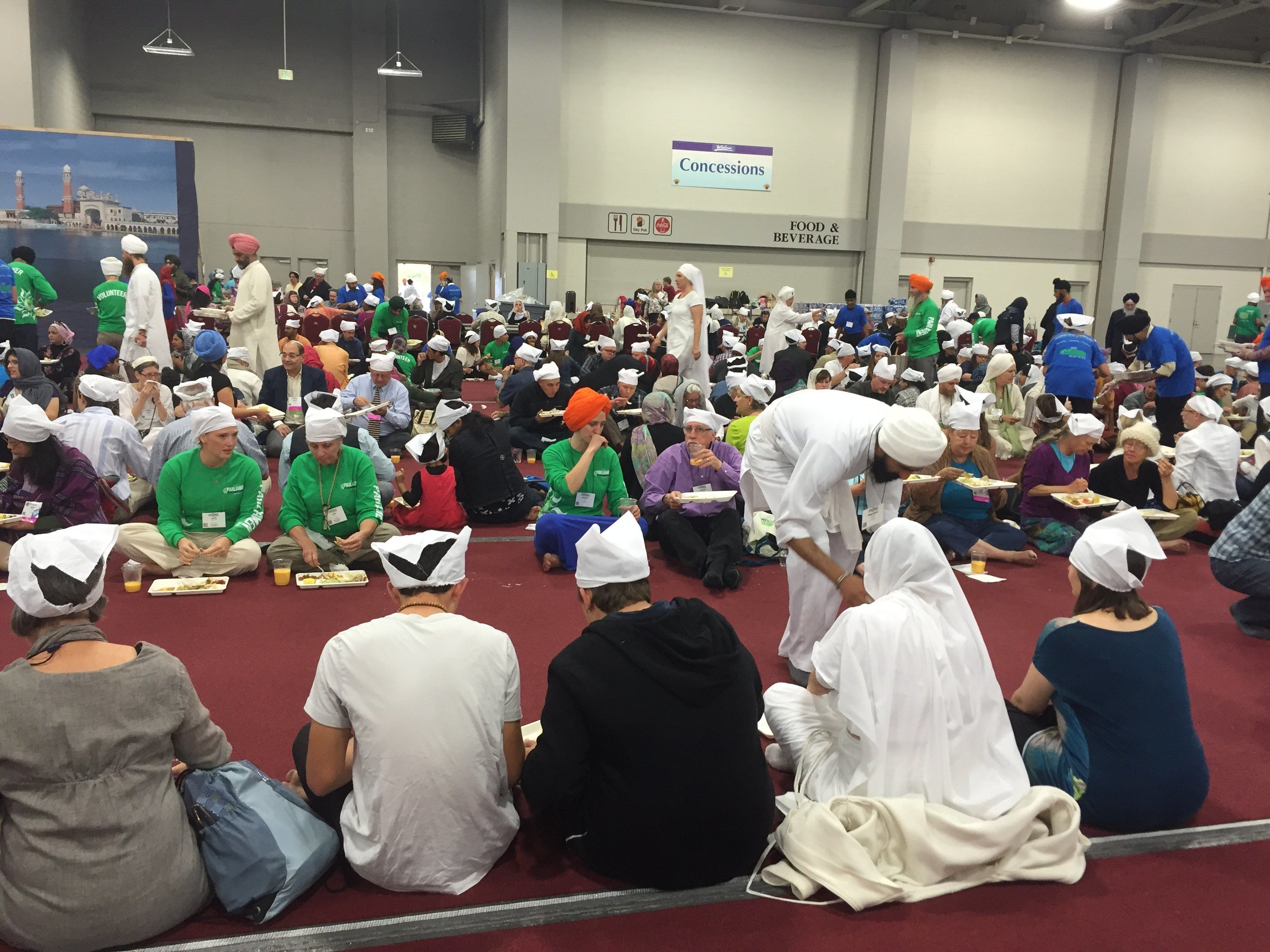 Thousandspartook of afree langar meal on Saturday, Oct. 17, 2015, during the Parliament of the World's Religions.