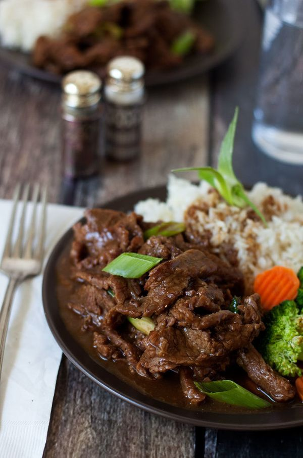 "<strong>Get the <a href=""http://www.pressurecookingtoday.com/pressure-cooker-mongolian-beef/"">Pressure Cooker Mongolian Beef"