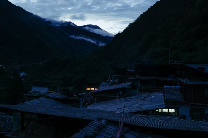 Wenping village at nightfall.