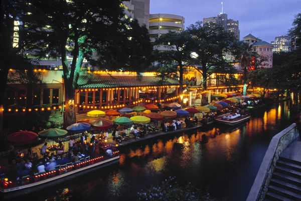 Retirees have a number of options when it comes to settling in the Lone Star State. Texas has numerous large, vibrant cities,