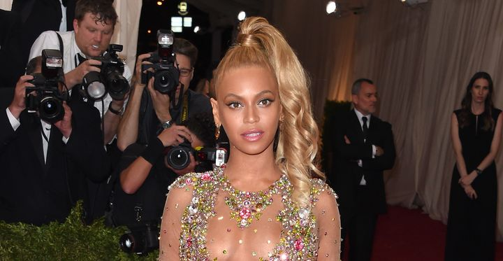 Mathew Knowles Seemingly Supports Beyoncé Age Conspiracy Theory ...