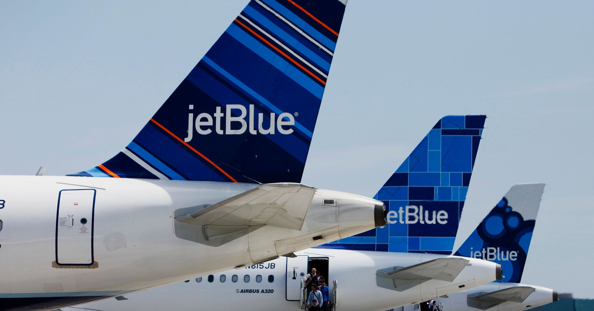 jetblue is offering 49 flights in a 2 day flash sale huffpost. Black Bedroom Furniture Sets. Home Design Ideas