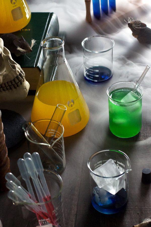 "<strong>Get the<a href=""http://honestlyyum.com/11652/evil-drink-lab/"" target=""_blank""> Evil Drinks Lab recipe </a>from Honest"