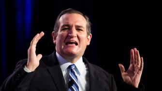 Senator Ted Cruz, a Republican from Texas and 2016 presidential candidate, speaks during the Values Voter Summit in Washington, D.C., U.S., on Friday, Sept. 25, 2015. The annual event, organized by the Family Research Council, gives presidential contenders a chance to address a conservative Christian audience in the crowded Republican primary contest. Photographer: Drew Angerer/Bloomberg via Getty Images